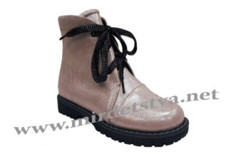 Пудровые кожаные демисезонные ботинки для девочки Tops Д25-Н