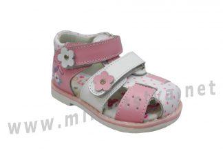 Красивые кожаные сандалии на девочку B&G LD190-800