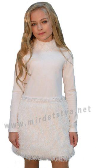 Праздничное белое детское платье с перьями и стразами Lukas 9542