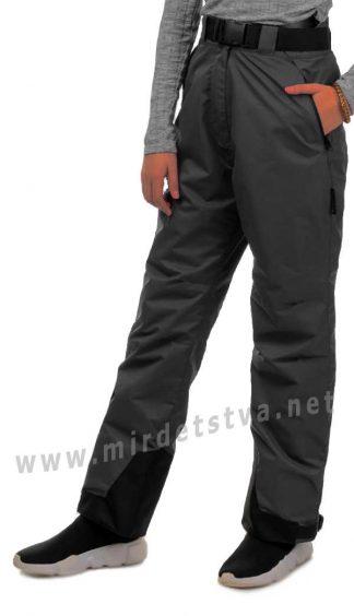 Демисезонные штаны для девочки Traveler на флисе