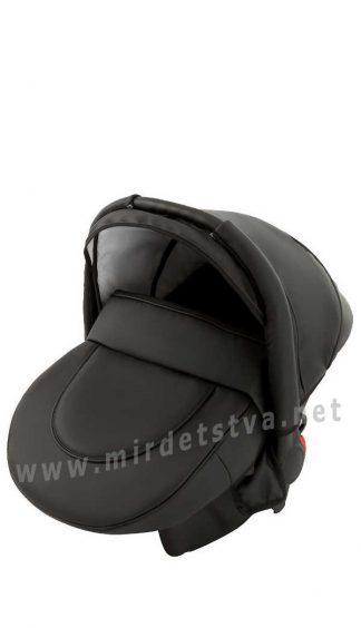 Детское кресло в авто Adamex Carlo кожа 100% черный